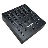 Numark M6 USB DJ Mikserpult (Must)