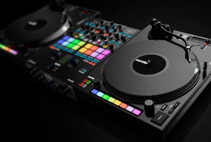 Uus: Reloop Elite DJ mixer ja RP-8000 MK2 turntable
